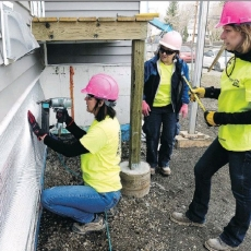 Women Help Build Habitat Homes for Those in Need!