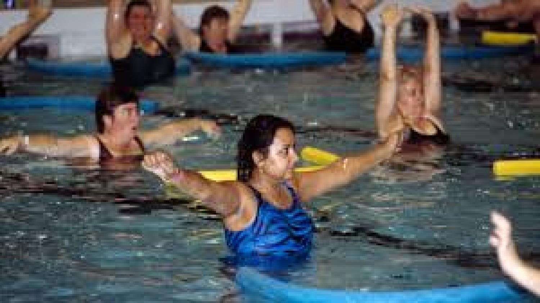 Free Women Only Beginner Swimming And Pool Fitness Program Register Now